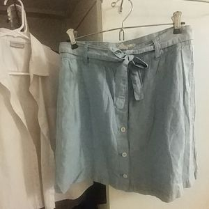 Chambray Skirt with Buttons and Tie